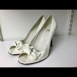 Stuart weitzman patent leather pumps size 9.5